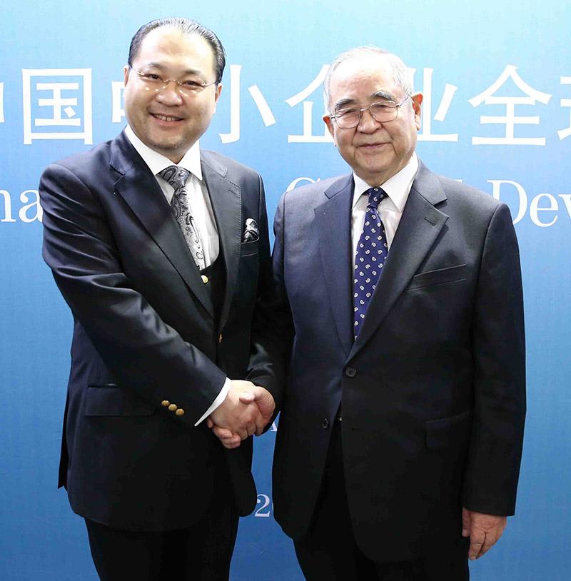 韩国前国务总理李寿成阁下