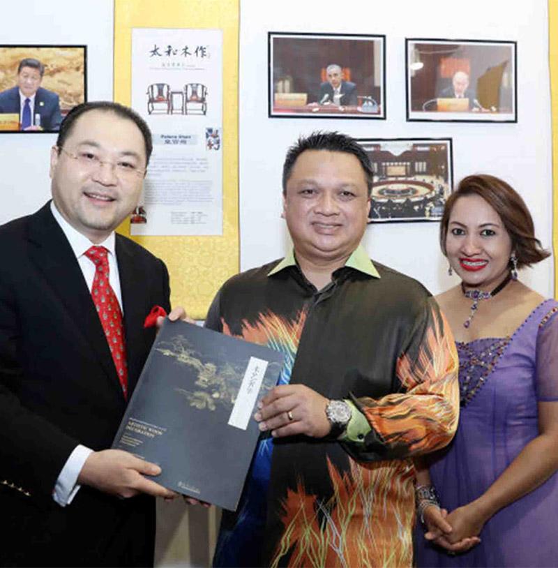 马来西亚皇储端姑赛法依祖丁殿下、皇储妃莎卡丽殿下
