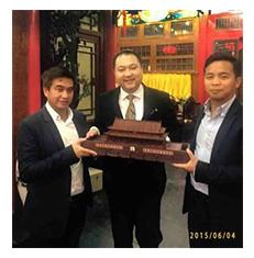 柬埔寨王国诺罗墩·那里提篷王子殿下和 诺罗墩·拉塞维克王子殿下